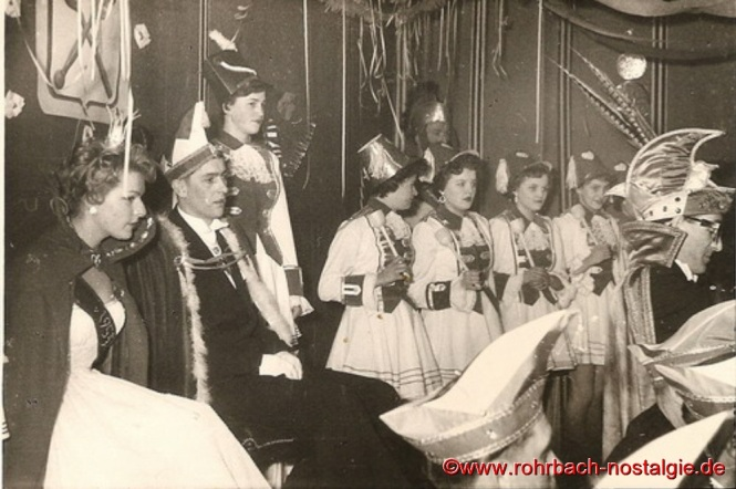 1955 Das Prinzenpaar und die Prinzengarde