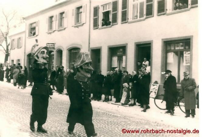 1955 Fußtruppen beim Narrenzug
