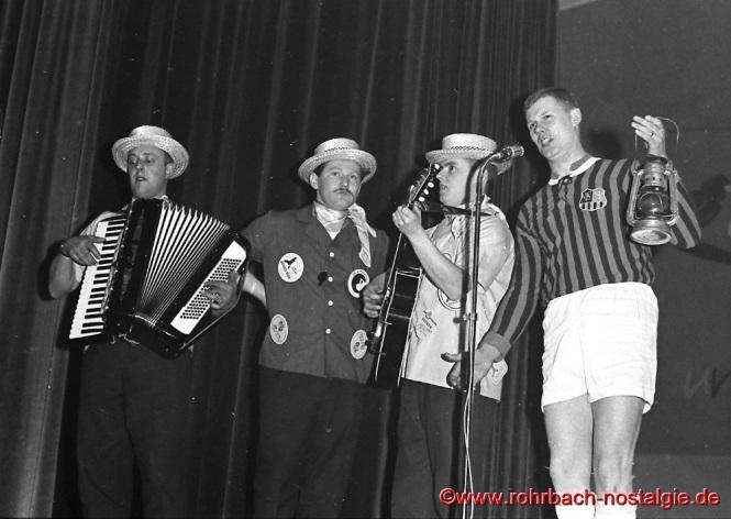 1964 Auftritt beim Närrischen Pfarrfamilienabend