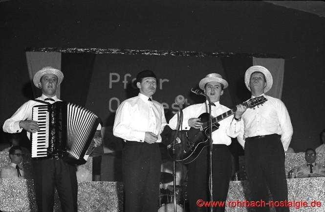 1965 Auftritt beim Operettenabend des Pfarrorchesters