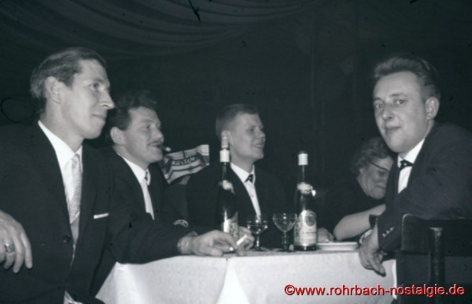 1964 Bei einer Karnevalsveranstaltung im Saarbrücker Johannishof: Julius Pfeifer, Albert Knoch, Günter Herrmann und Gerhard Fuß