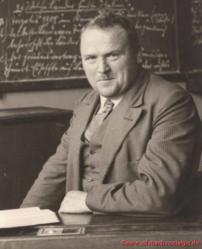 Um 1934 Lehrer Friedrich Müller