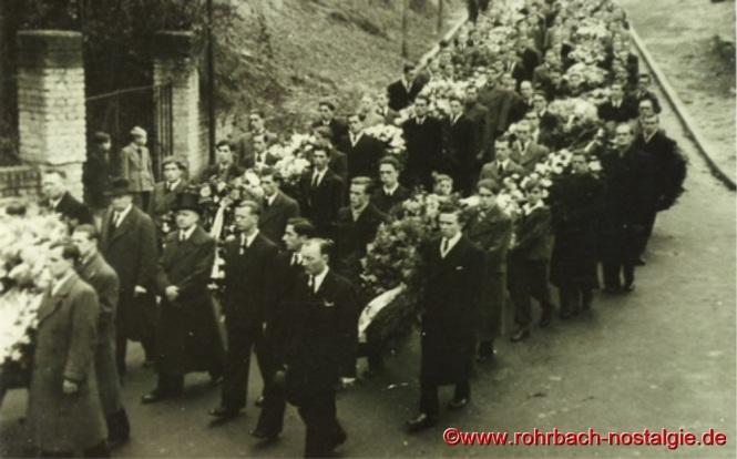 1948 Beerdigung der ertrunkenen Fußballer-14a