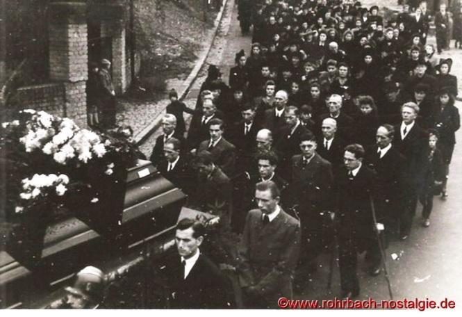 1948 Beerdigung der ertrunkenen Fußballer-23ab