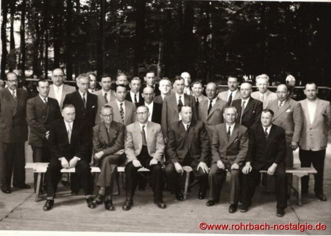 """Beim Waldfest werden Ehrungen und Beförderungen vorgenommen. Hier werden auch die berühmten """"Heckel-Waldfestingenieure"""" ernannt"""