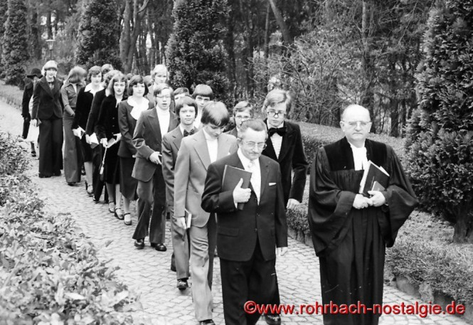1976 Konfirmation in Rohrbach mit Pfarrer Rembe