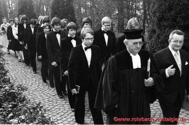 1978 Konfirmation in Rohrbach mit Pfarrer Rembe