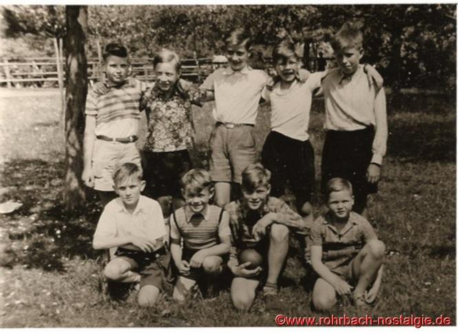 Um 1954 Schüler der Evangelischen Volksschule