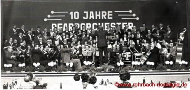1973 feiert man das 10-jährige Bestehen des Pfarrorchesters
