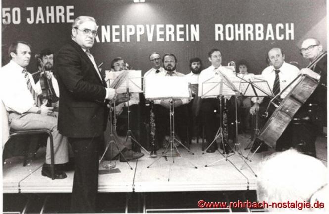 1978 Anlässlich des 50- jährigen Bestehens des Kneippverein Rohrbach dirigiert Oswald Gehring noch einmal das Pfarrorchester
