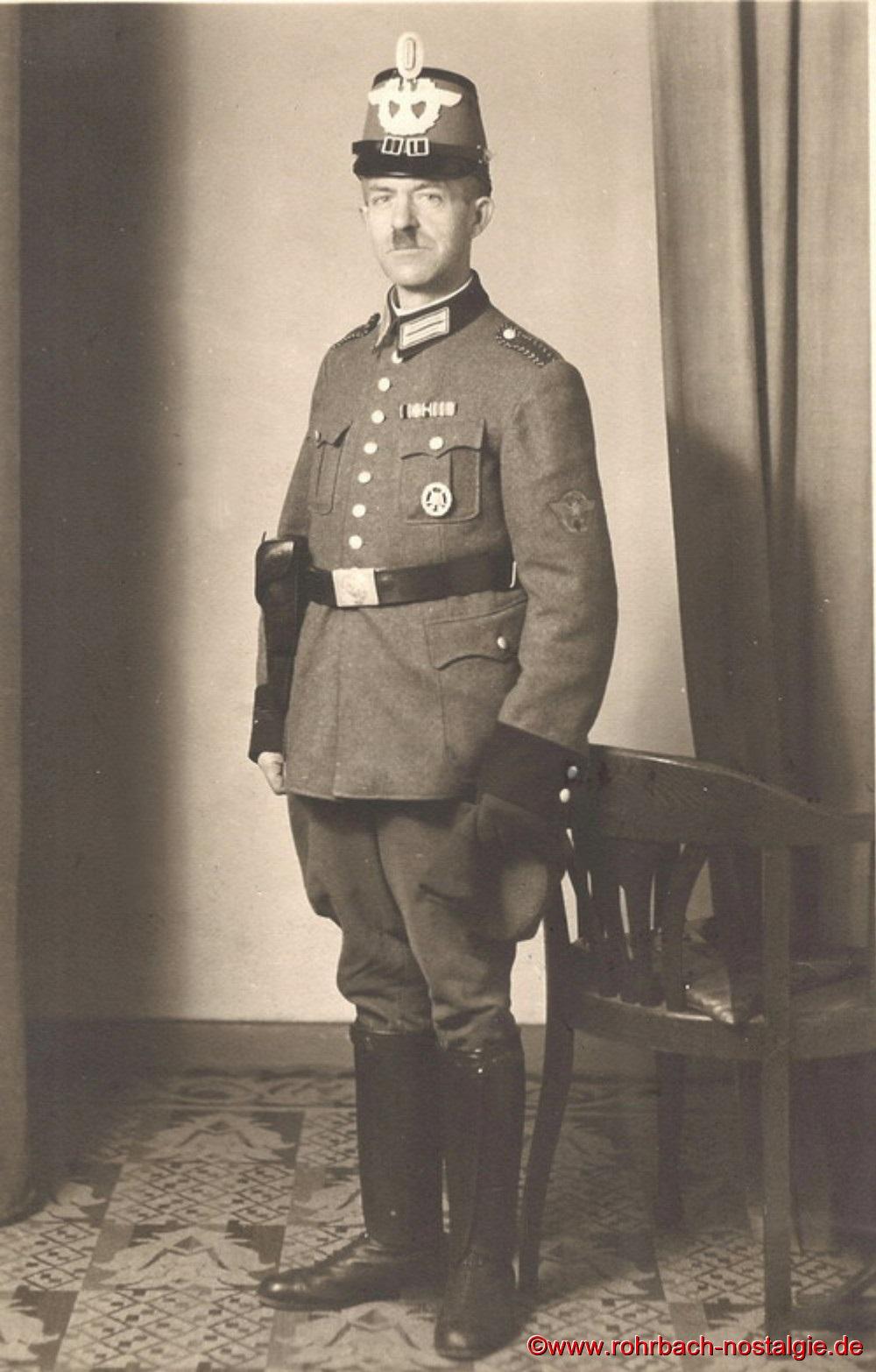 1943 ist Friedrich Leiner als Hilfspolizist in der Stadt St.Ingbert eingesetzt