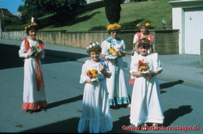 Die Brautjungfern zur Hochzeit (gestaltet von der Kolpingfamilie Rohrbach)