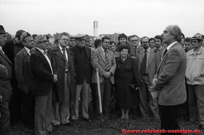 Am 9. September 1978 erfolgt der Spatenstich zum Sportheim in den Königswiesen