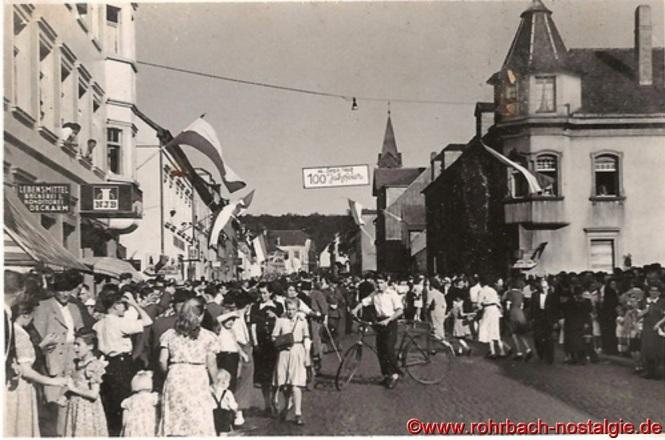 Der 4.September 1949 ist ein sonniger Spätsommertag. An der Drehscheibe herrscht reges Treiben, bevor sich der Zug in Bewegung setzt