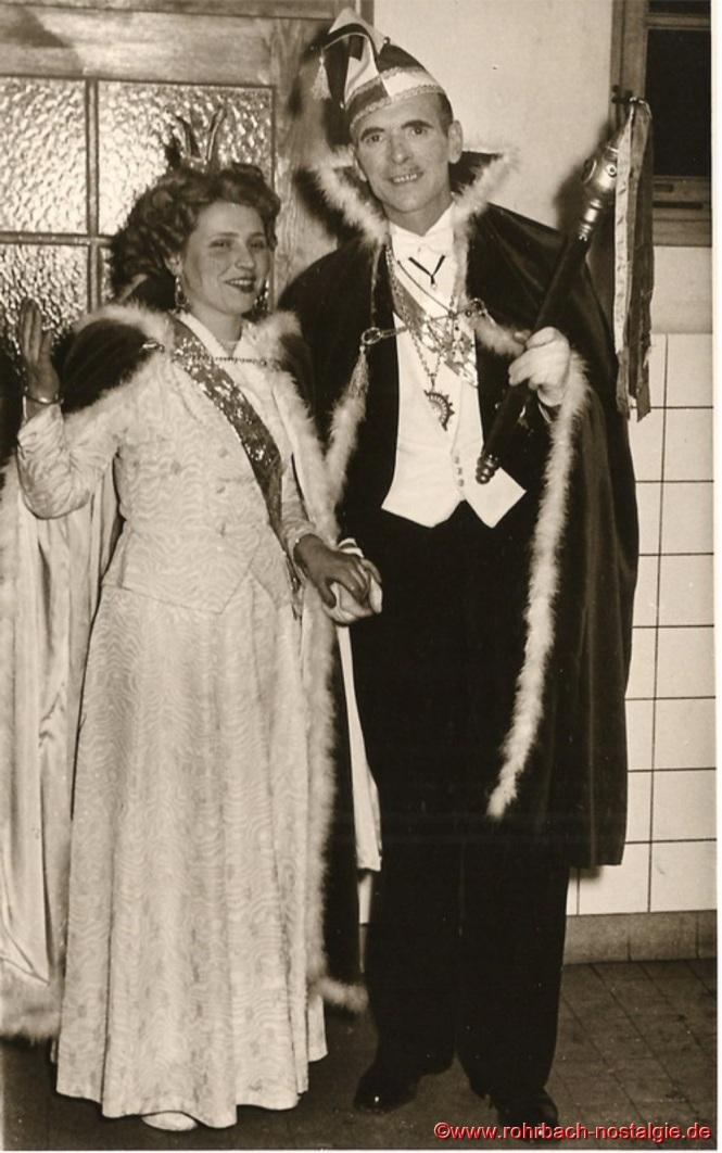 Das Prinzenpaar Rita Wadle als Rita I. von Wadwolfshausen und Artur Banholzer als Prinz Artur I. von Finkendahlheim