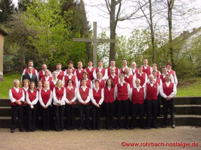 2002 Der Musikverein nach einem Kirchenkonzert