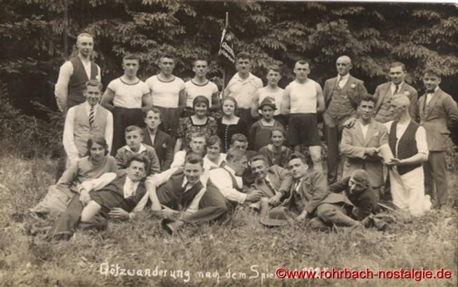 1925 - Götzwanderung an den Spiemont (Berg zwischen Ober- und Niederlinxweiler)