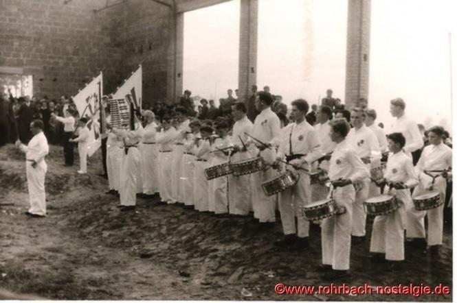 6. November 1955 - Richtfest der TG Turnhalle