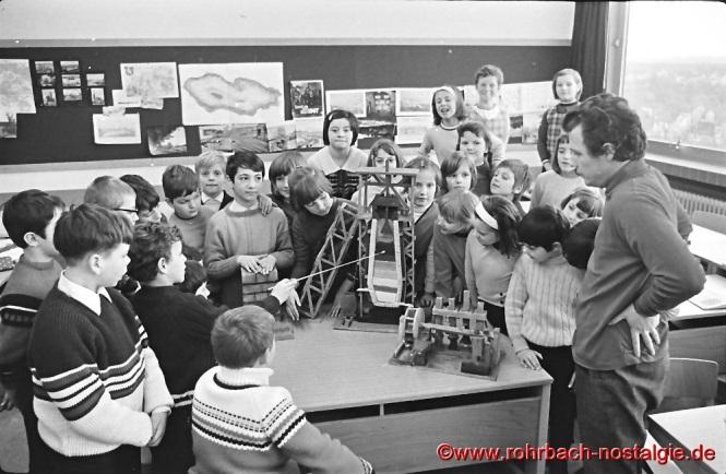 1969 Heimatkunde mit Lehrer Robert Berrang