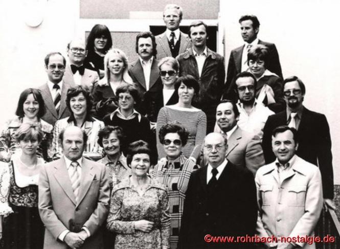 1976 - Das Lehrerkollegium der Johannesschule mit Pfarrer Leo Köller