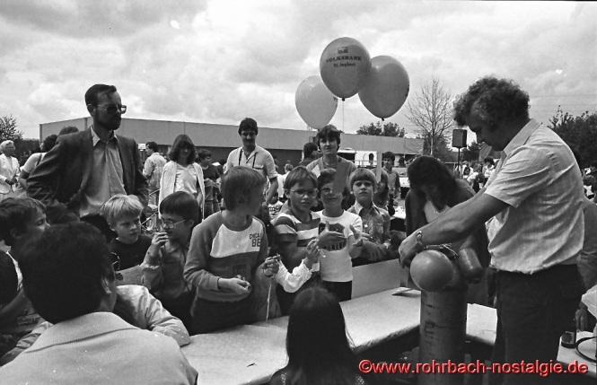 1981 - Luftballonwettbewerb beim Schulfest an der Johannesschule