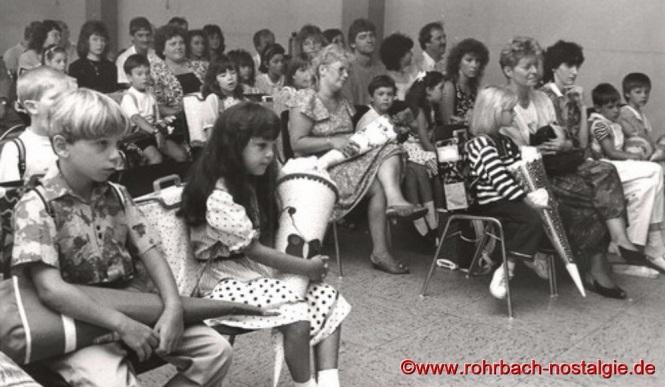 1990 - Aufnahme der ABC-Schützen in der Johannesschule