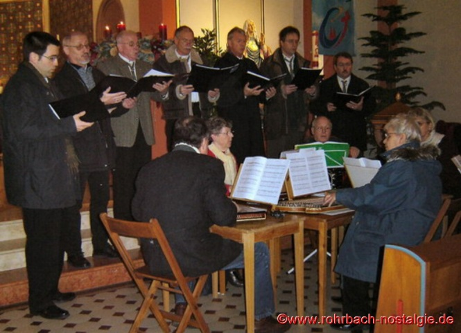 Alpenländischer Gottesdienst mit der Schola Cantorum und dem Zupforchester 78 St.Ingbert