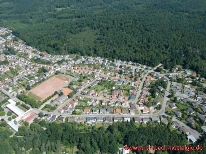 2012 - Luftaufnahme der gesamten Rohrbacher Siedlung mit allen Bauabschnitten (Foto: Martin Staut)