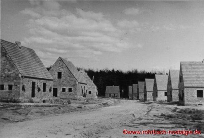 Herbst 1937 - Die Häuser des heutigen Fichtenweges im Rohbau (Foto: Willi Hardeck)