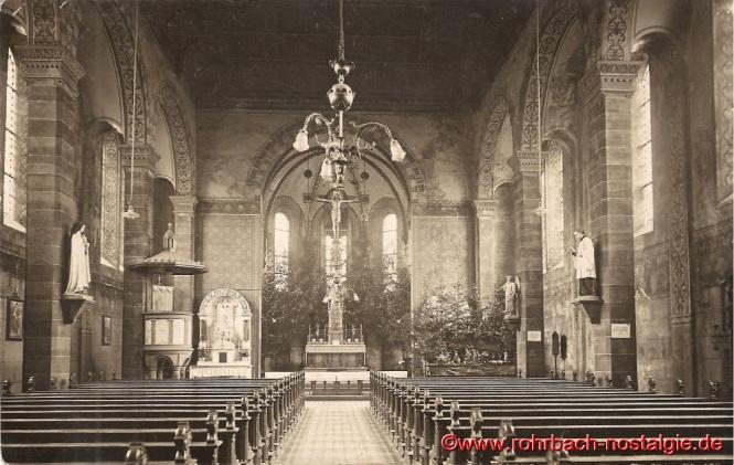 Die ursprüngliche Innenansicht der Pfarrkirche St. Johannes in der Weihnachtszeit 1928
