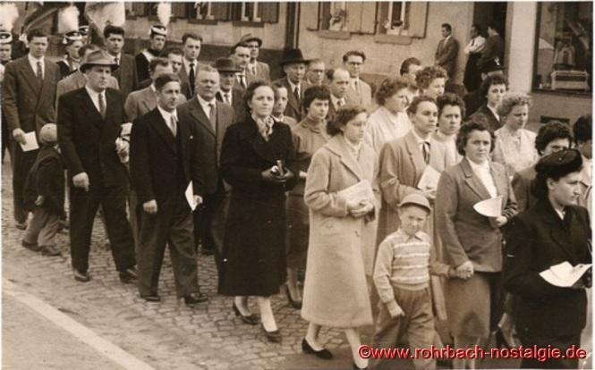 12. Mai 1957 - Der Kirchenchor von St. Johannes