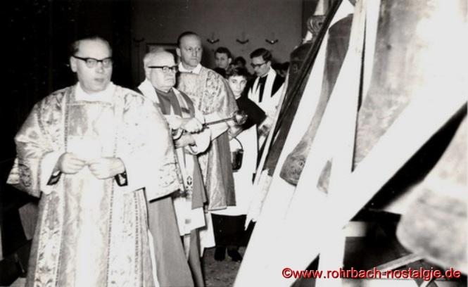 10. März 1963 - Weihe des neuen Geläutes durch Dekan Felix Eckhardt aus St. Ingbert