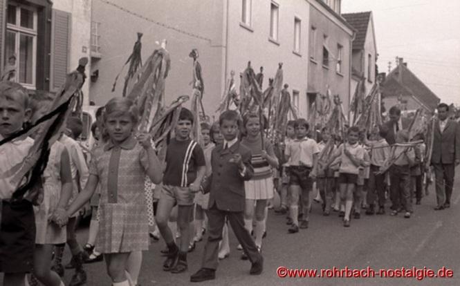1969 - Alle Rohrbacher Schüler sind dabei