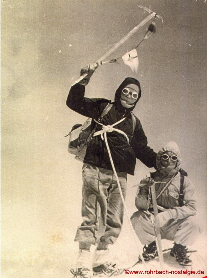 1956 Auf dem Montblanc Gipfel Werner Michaeli und Toni Haselmaier
