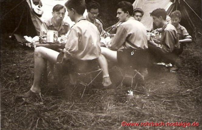 1960 Die Sippe Adler beim Stammeslager. Von links: Arnold Kaiser - Hans Engelmann - Wiihelm Wagner - Heribert Haselmaier - Josef Wagner - Hubert Winter - Alois Lesch