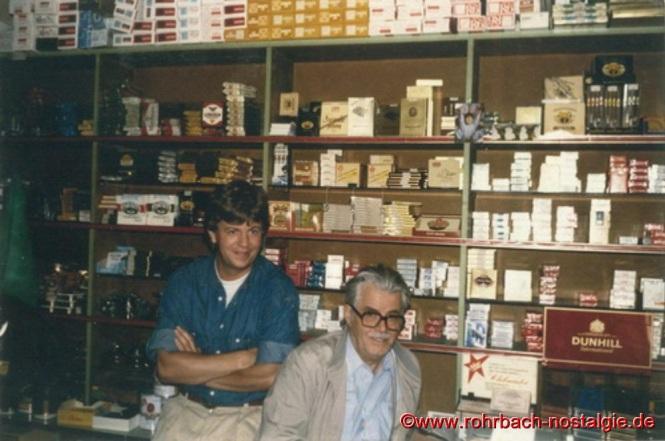 Christoph Dahlem (Inhaber der Rohrbach Apotheke) mit seinem Onkel Hilar Deckarm