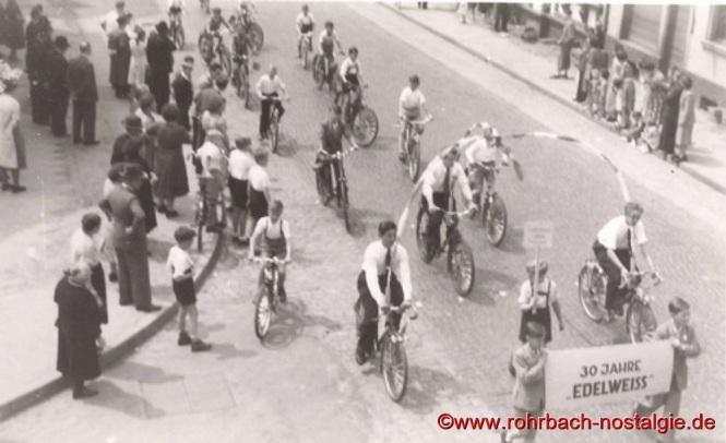 4. Juli 1953 – Großer Festzug anlässlich des 30-jährigen Stiftungsfestes