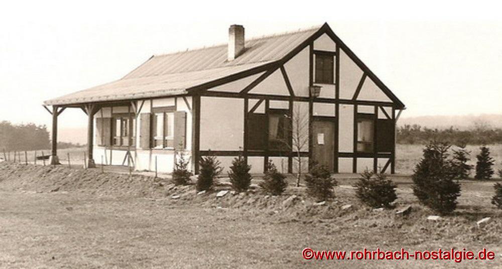 Die Edelweißhütte am Mühlenwäldchen im Jahr 1962 kurz vor ihrer Fertigstellung