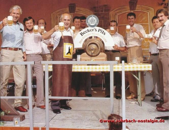 1981 Fassbieranstich durch den St. Ingberter Oberbürgermeister Dr. Werner Hellenthal