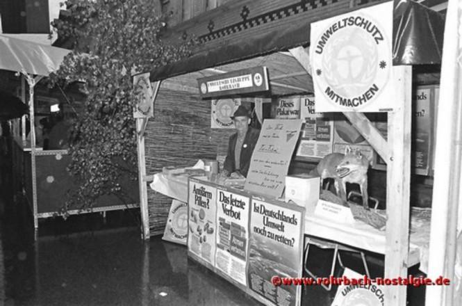 1982 Informationsstand der Umweltgruppe Rohrbach mit ihrem Vorsitzenden Hans Steinmann