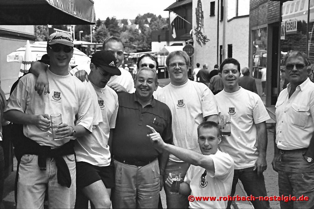 1998 Die Männer von der Bergrettung und Lawinenschutz-Sektion Kahlenberg