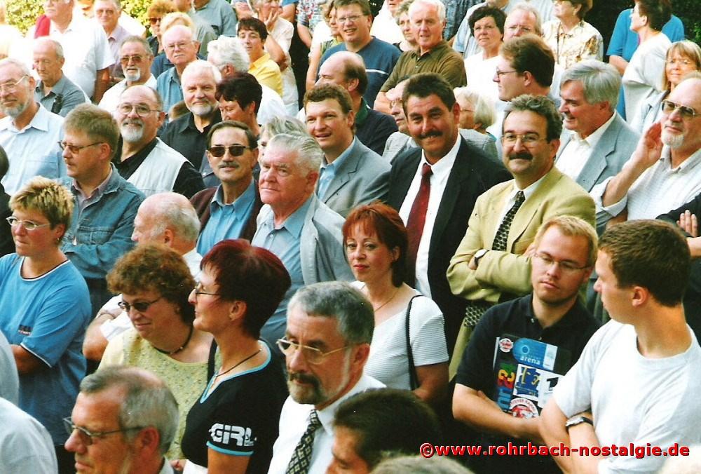2000 Prominenz bei der Festeröffnung