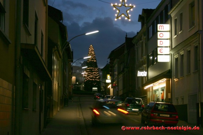 Bahnhofstraße in der Weihnachtszeit (Foto: Walter Gehring)