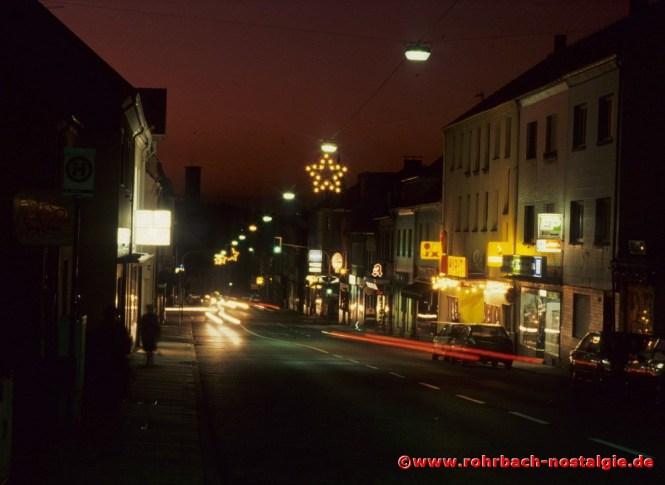 Die Kaiserstraße in der Weihnachtszeit (Foto: Walter Gehring)