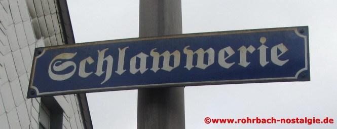 Das von den Rohrbacher Heimatfreunden angebrachte Straßenschild in der Spieserstraße (hier fälschlicherweise mit ww geschreiben)