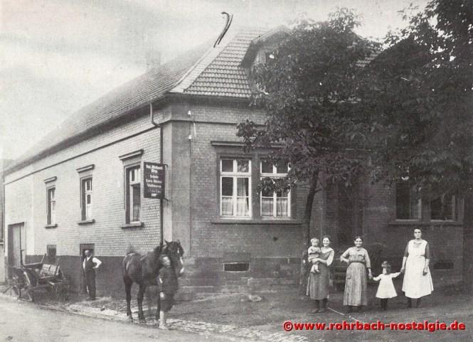 Ein markantes Haus in der Schlawerie um 1933. Das Haus von Valentin Michaeli (Nordpol)