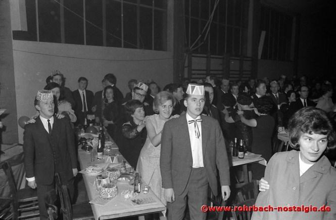 1967 Tolle Stimmung bei Jung und Alt
