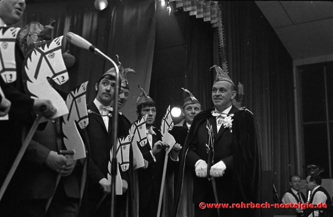 1969 Berittene Elferratsmitglieder Bruno Dusemond, Alfons Charrois, Gisbert Groh, Martin Zimmermann und Günter Thalheimer