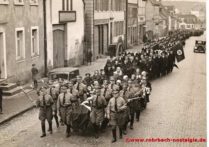 1936 Blick auf den Trauerzug