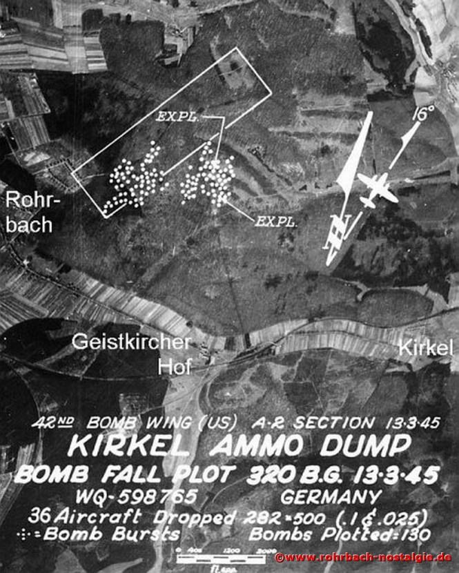 Luftaufnahme vom 13. März 1945 eines amerikanischen Bombers von einem Angriff auf das Munitionsdepot hinter der Rohrbacher Siedlung Richtung Kirkel. Die weißen Punkte zeigen die Einschlagstellen der Bomben